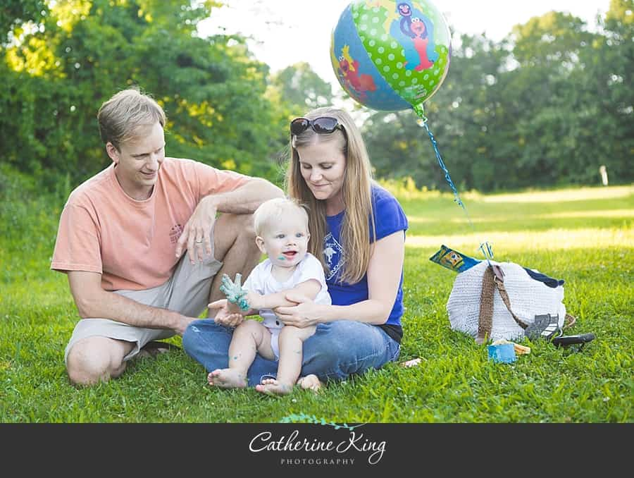Smash cake session at Bauer Farms in Madison, CT  |  Connecticut Children Photographer