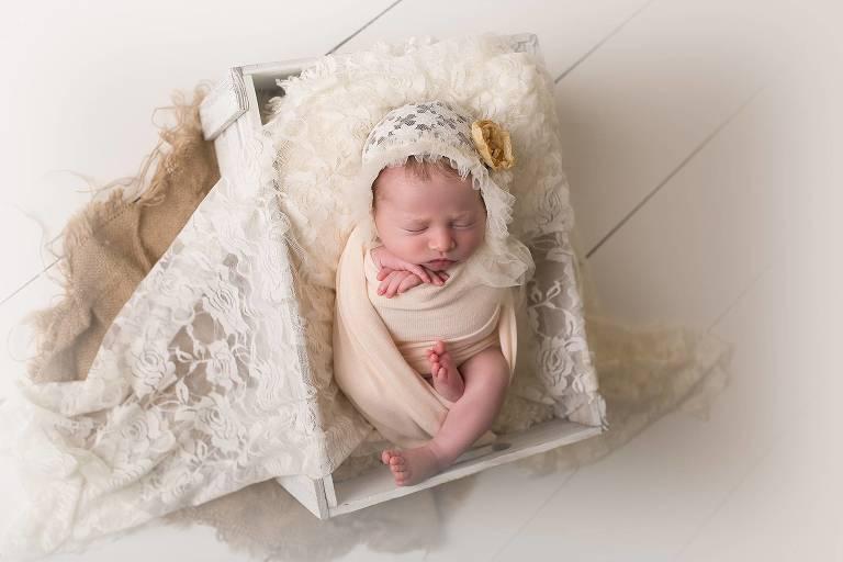 CT Newborn Photographer gallery image